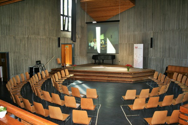 Der (noch) leere Plenarsaal des ISI-Kongresses. Hamburg, 5. Juni 2015
